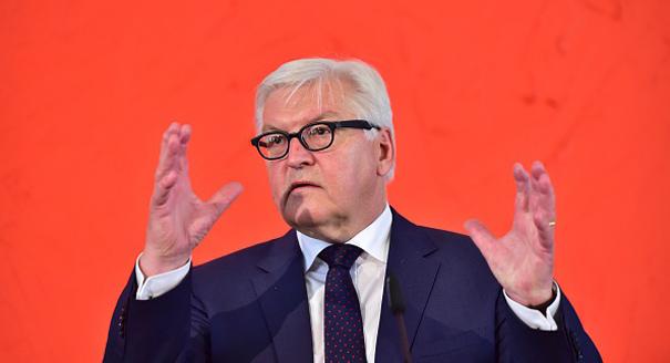 Steinmeier's Tragic Dance Around the Issues
