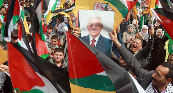 محمود عباس: آن أوان التركة