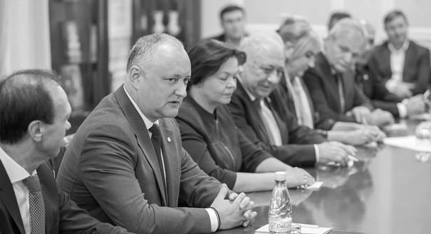 Победа на час. Насколько прочен успех пророссийских сил в Молдавии