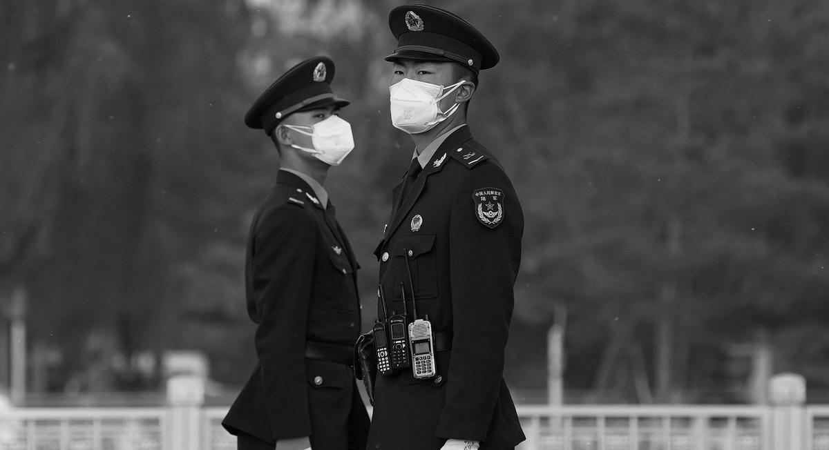 Политика волков и масок: как Китай защищает свою репутацию в кризис