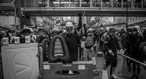 Цифровой потолок. Чем кончатся протесты в Гонконге