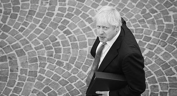 Двойное наступление Джонсона. Зачем в Британии приостановили работу парламента
