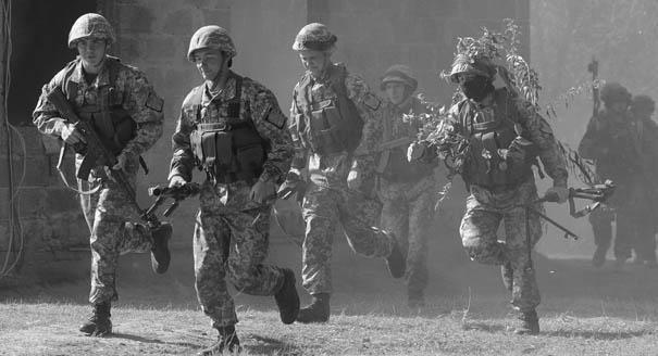 Зачем Евросоюз пытается создать собственную армию