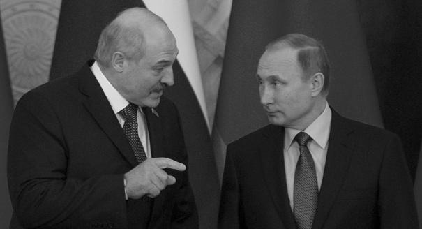 Усталость от балансирования. Как Минску становится все труднее и с Россией, и с Западом