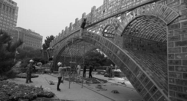 Колдобины Шелкового пути. Почему страны все чаще выходят из главного международного проекта Китая