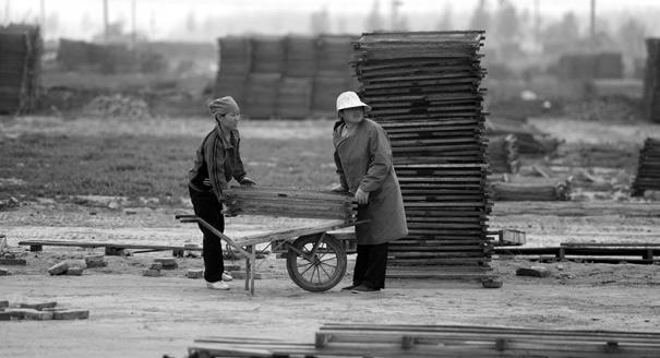 Как китайские регионы решают проблемы за счет соседства с Россией