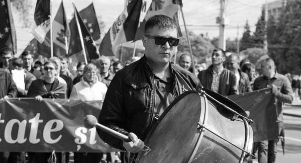 Против чего повторно собирался молдавский майдан