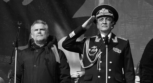 Два героя на город: чем кончится борьба за Севастополь