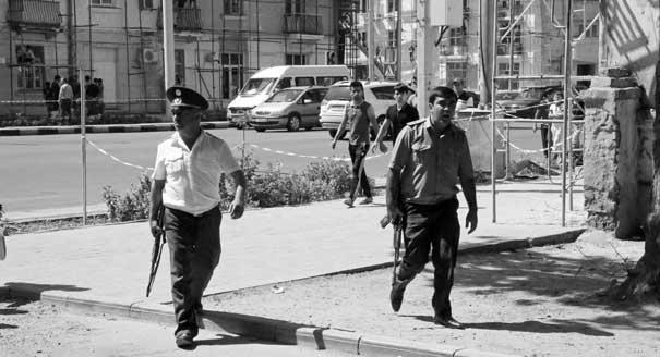 Что означает для России военный бунт в Таджикистане