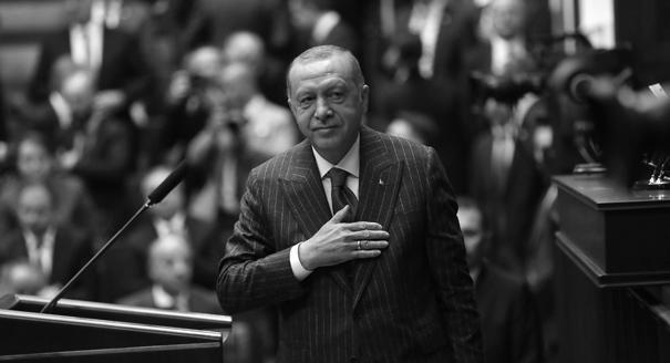 После Стамбула. Как Эрдоган будет возвращать себе популярность