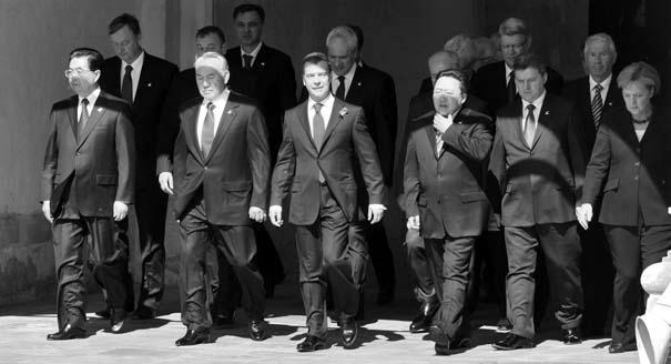 Полтора европейца на параде: кто из европейских лидеров все-таки приедет на 9 Мая