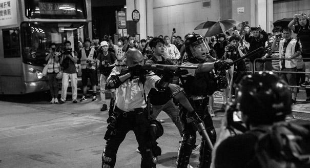 Революция касок. Чем закончится политический кризис в Гонконге