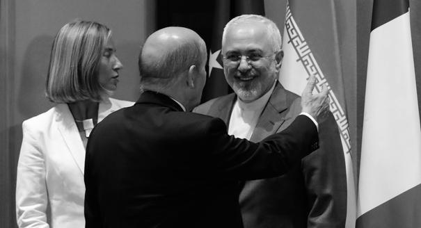 Размывая угрозу. Чему учит Россию иранский опыт борьбы с коллективным давлением Запада