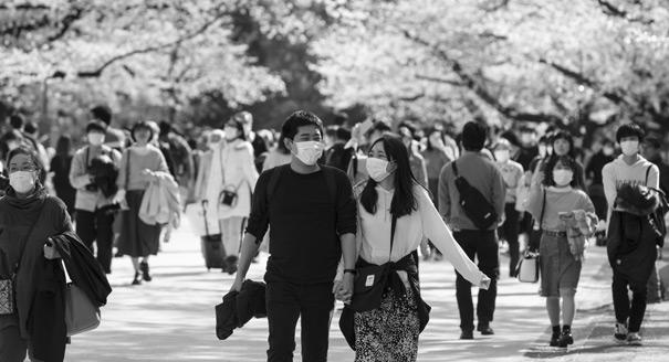 Как Япония справляется с коронавирусом без карантина
