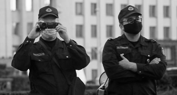 Отложенный счет. Почему Лукашенко не боится громить прокремлевские СМИ
