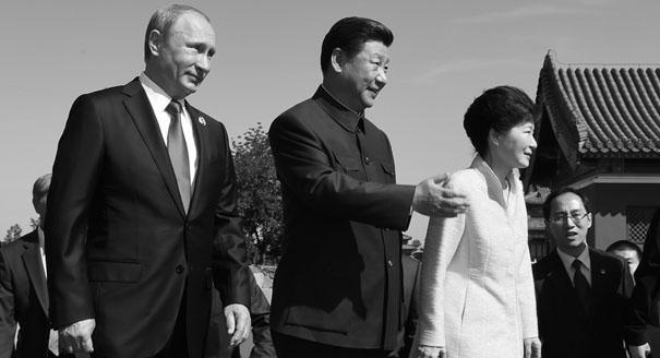 Парад с разворотом: почему Китай стал дружить с Южной Кореей больше, чем с Северной