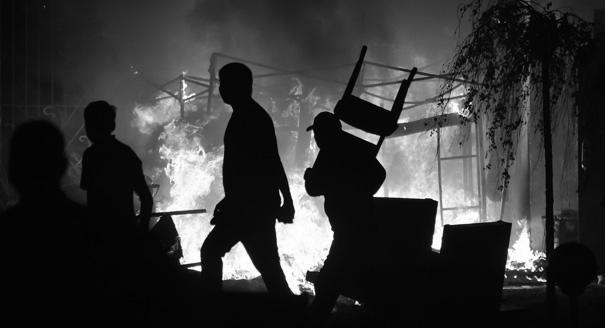 Президентский штурм. Почему в Киргизии опять провалился демократический транзит власти