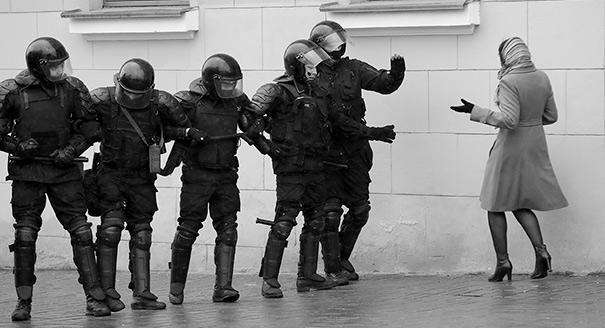 A Refreeze in Minsk: Combining Crackdown With International Convergence