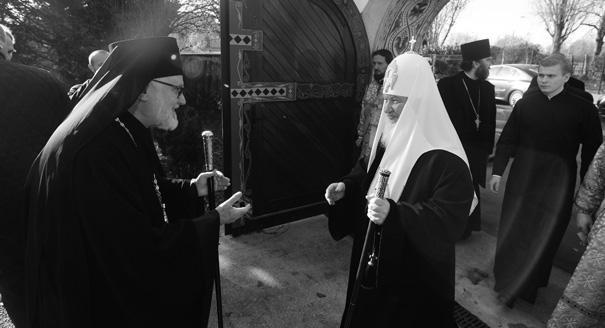 Ответ за Украину. Почему Парижская епархия выбрала воссоединение с РПЦ