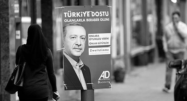 Турецкая колонна. Зачем Анкара вмешивается в немецкие выборы