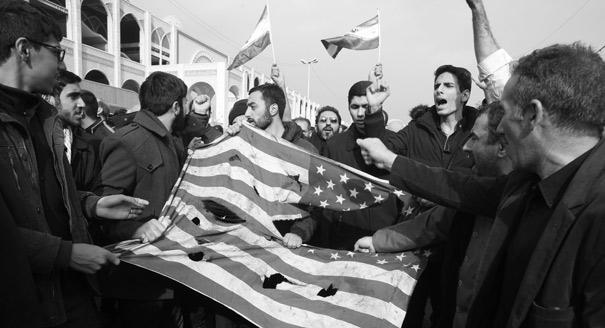 Подарок аятолле. Как иранское общество отреагировало на новое обострение с США