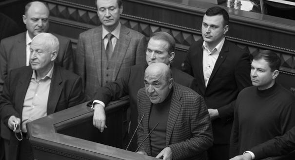 Цикл имени Порошенко. Как новый имидж Зеленского поможет ему удержать власть
