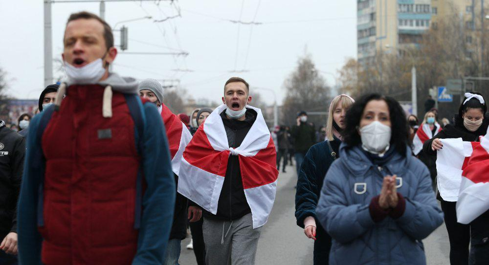 Belarus's Optimistic Protesters and Putin's Intentions