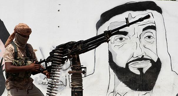 الإمارات تحمّل نفسها أكثر من طاقتها