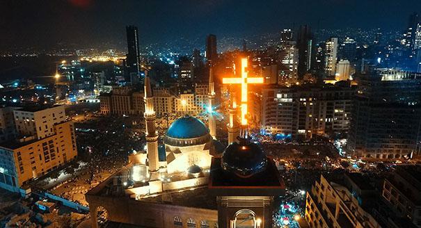 ضربة في قلب لبنان أم للتعددية في المشرق العربي؟