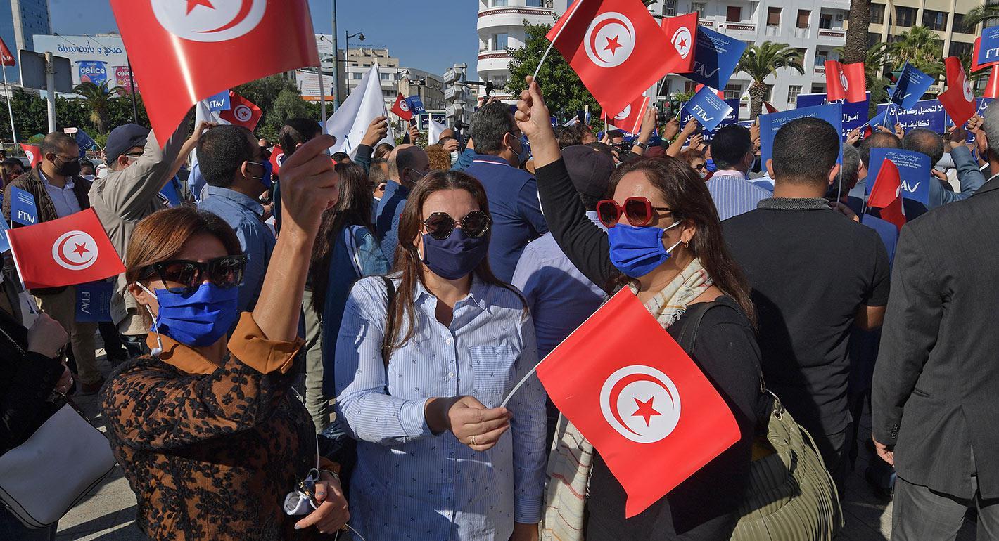 تونس: على باب الوالي