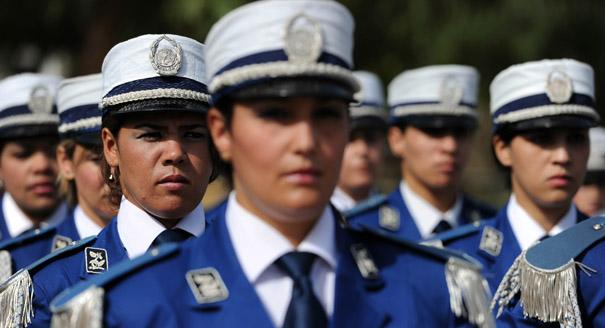أهلاً بالمرأة في الجيش ولكن...