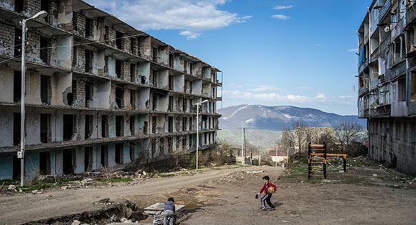 اللعب  بالنار في جنوب القوقاز