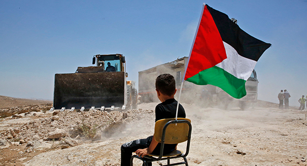 ما الآفاق المتاحة أمام الفلسطينيين لبناء دولة، على ضوء احتضار عملية السلام؟