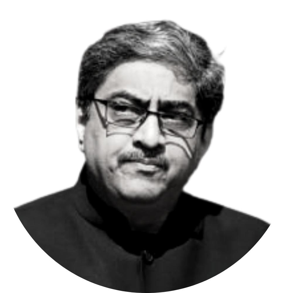 The QUAD, SCO, AUKUS, and UNGA: Discussing India's Position in World Politics with Gautam Bambawale