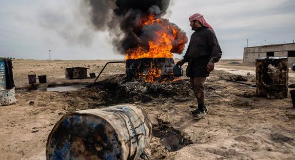 إشعال الصراع: حرب النفط والغاز في سورية