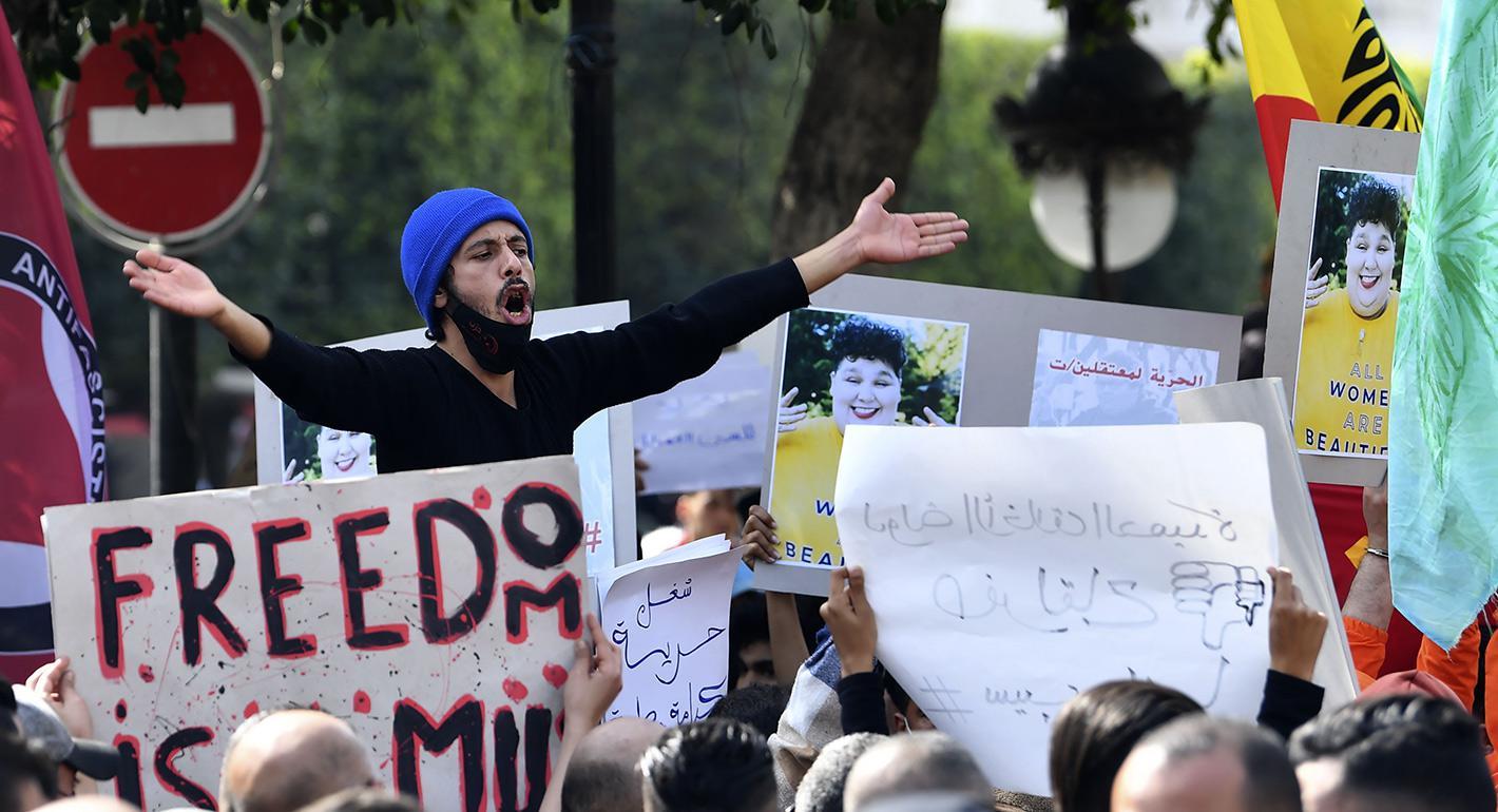 """""""الجيل الخطأ""""يقود احتجاجات تونس"""