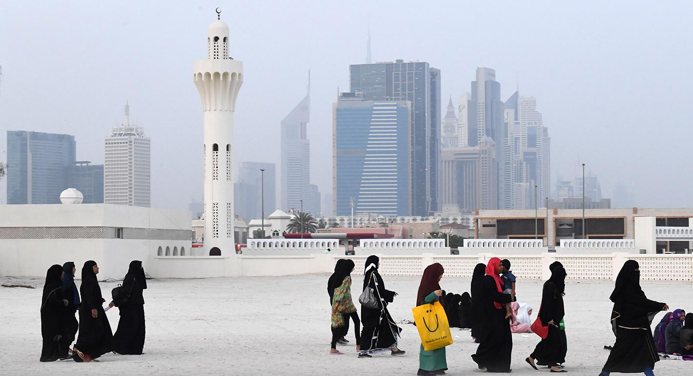 The Social Contract and Post-Oil Dilemma in Saudi Arabia and the UAE