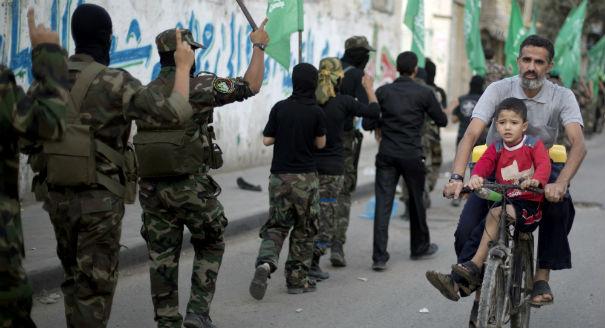 حماس، إلى الوراء دُر!