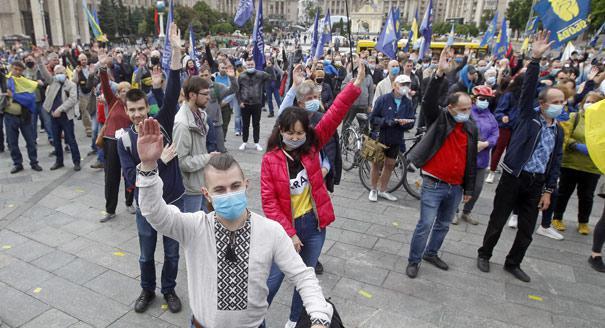 Голосование реванша. Как власть Зеленского переживет местные выборы