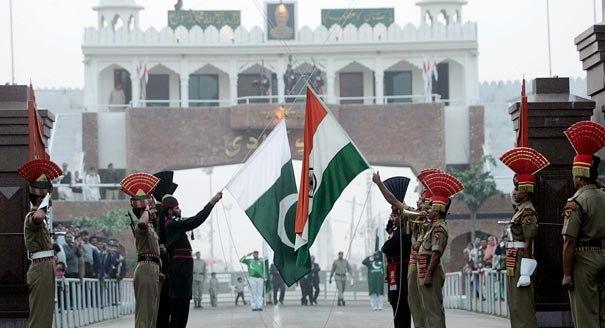 Line on Fire: India-Pakistan Violence and Escalation Dynamics