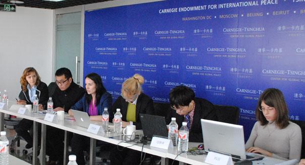 中俄两国的国内发展与国际角色