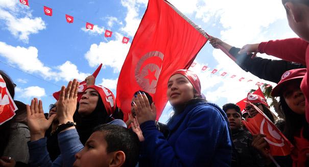 الاستقرار السياسي في شمال أفريقيا: التحديات الاقتصادية والاجتماعية والآفاق المحتملة